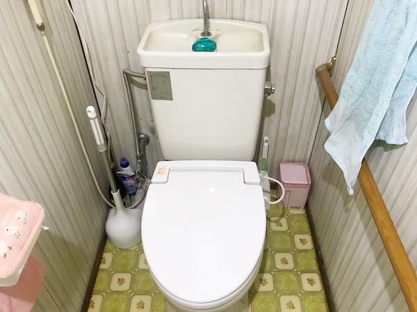 簡易水洗トイレ 詰まり
